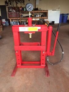Like New 10 Ton Bearing Press with extras