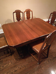 Mahogany Table - Handmade in Italy w/ 5 Leather-seat chairs