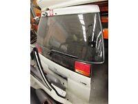 Nissan Elgrand Tailgate/Rear Windscreen E50