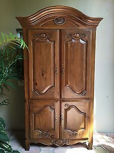 Ethan Allen French Country Cabinet/Armoire
