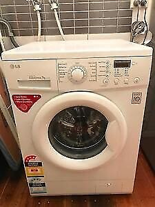 LG 7kg 1100rpm front loading washing machine washer excellent cond