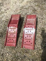 STEEL RED CAR RAMPS