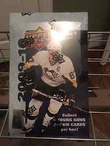 2009-10 Upper Deck Hockey unopened box