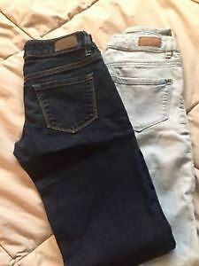 2 Pairs of Garage Jeggings Size 00