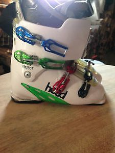 Head Ski boots /very soft lining all in good shape size 28/28.5