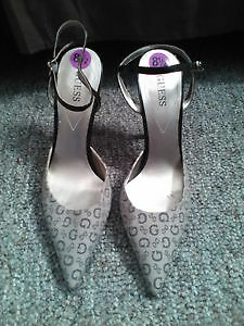 GUESS SIZE 8.5 SHOES - HIGH HEELS (brand new) - $10