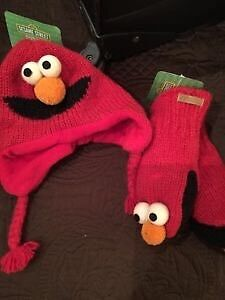 Elmo mittens and hat