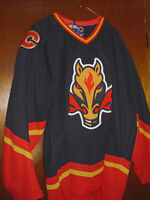 CALGARY FLAMES JERSEY ADULT XL