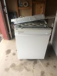 Rarely Used Many Features whirlpool Gold White Dishwasher