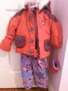 Girl's two pieces snow suit