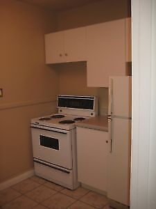 ​Large One bedroom near Ticats Stadium, McDonald's, Dairy Queen