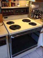 Belle cuisinière hot pointe 45$ possibilité de livraison