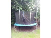 8ft trampaline with net to clear £19.99