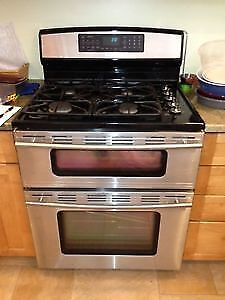2007 Jenn-Air Dual-Fuel Double Oven Range - NEEDS REPAIR