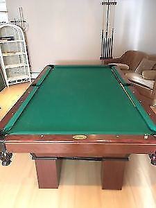 Selling Paleson oak pool table. Fantastic condition