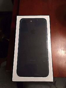 Je Cherche Wanted IPhone 7 256GB Black color brand new or mint
