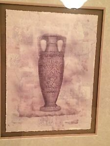 Set of 2 Urn Pictures London Ontario image 2