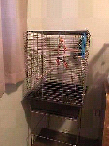 Very nice cage for sale