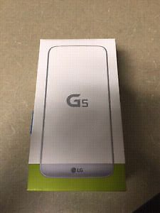 LG G5  Brand new Silver (bell)