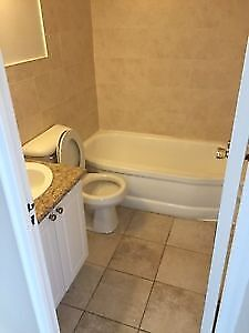 BRIGHT & SPACIOUS 1 BDRM - QUIET BUILDING