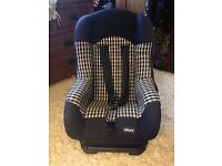 STRONG AND STURDY BABY CAR SEAT BY CHICCO