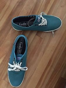 NEW TURQUOISE KEDS FOR MEN SIZE 10