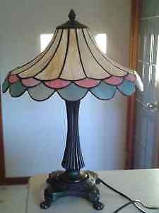 Table Lamp - Tiffany Style