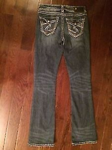 Like New! Silver 'Tuesday' Slim Boot Cut Jeans. Size 26