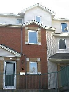 *MUST SEE!** FURNISHED 2 BDRM + DEN TOWNHOME near DOWNTOWN