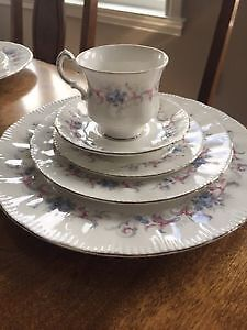 Paragon dishes romance pattern