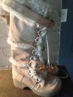 Belles bottes longues aldo état neuf grandeur 7