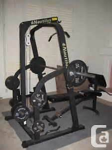 Nautilus Squat Rack