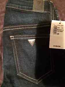 Brand New Ladies Guess Jeans Size 24W34L