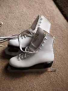 Ladies Figure skates size 6 1/2