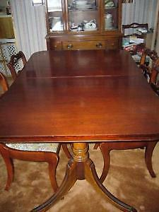 Vintage Cherry Mahagony Buffet and Dining table REDUCE, 6 chairs