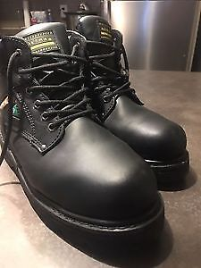 Ultra Industrial Work Boots Valued at 100 asking 40