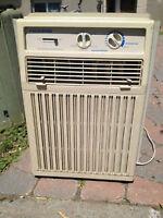 Air climatisé 5000 BTU Fedders