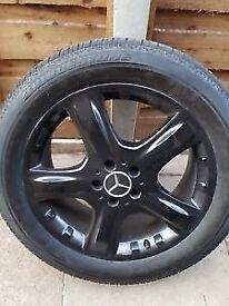 """Mercedes ML 19"""" Alloy wheels."""