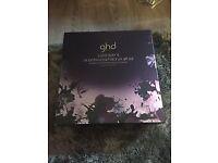 GHDs V Gold Styler & Air Professional hairdryer gift set