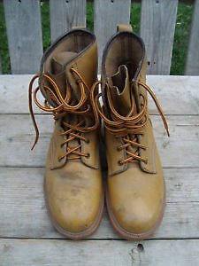 Used Mens Acton Steel toe work boots  size 9 EEE