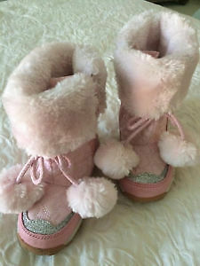 PINK JOE FRESH BOOTS size 6