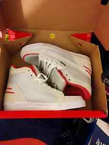 Puma Shoes size 7 new in box