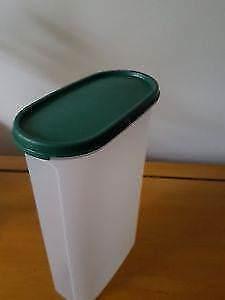 Tupperware modular mate oval