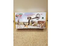 Garrett Ace 250 metal detector with 9 and 12 inch coils + finds bag