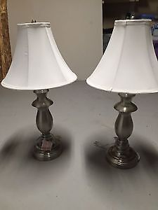 2 lamps new shape about 6months old non smokers