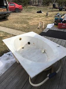 Free soaker tub w matching sink