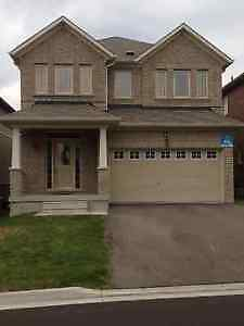 4 br detached house in Richmond Hill