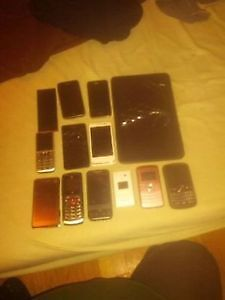 14 assorted touch phones