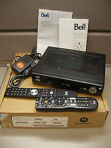 BELL FIBE TV PVR (refurbished) with remotes and power cord