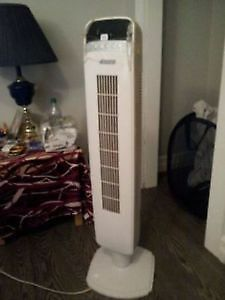 Tower Fan- 40-in -  with Remote Control